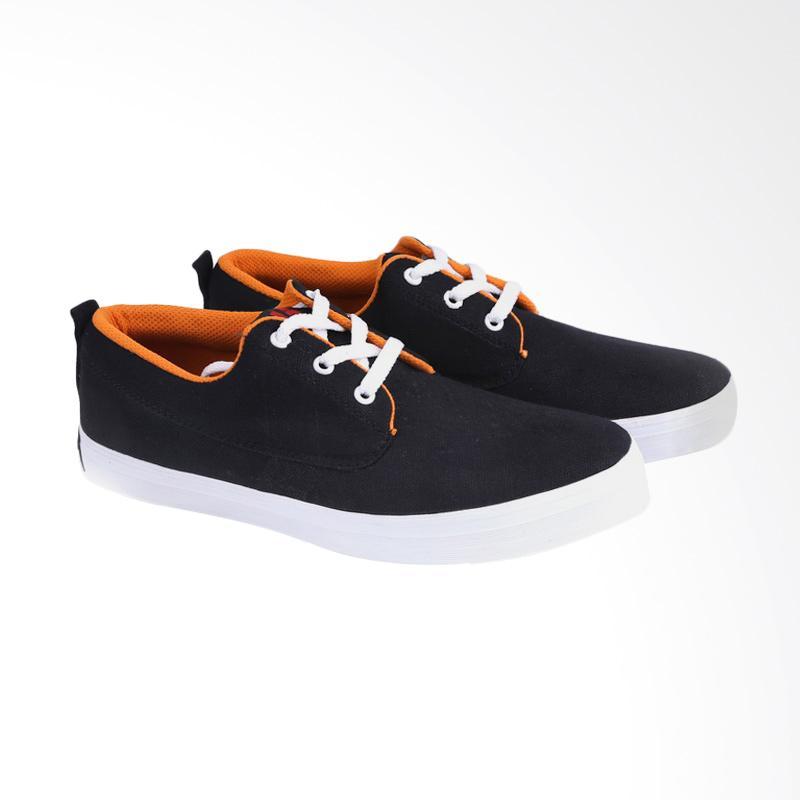 Garucci Sneakers Sepatu Pria GNR 745
