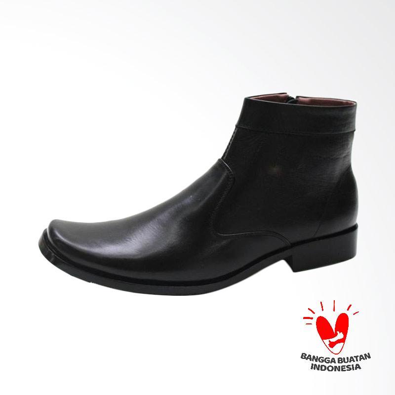 Grutty Sepatu Boots Pria GR 81054