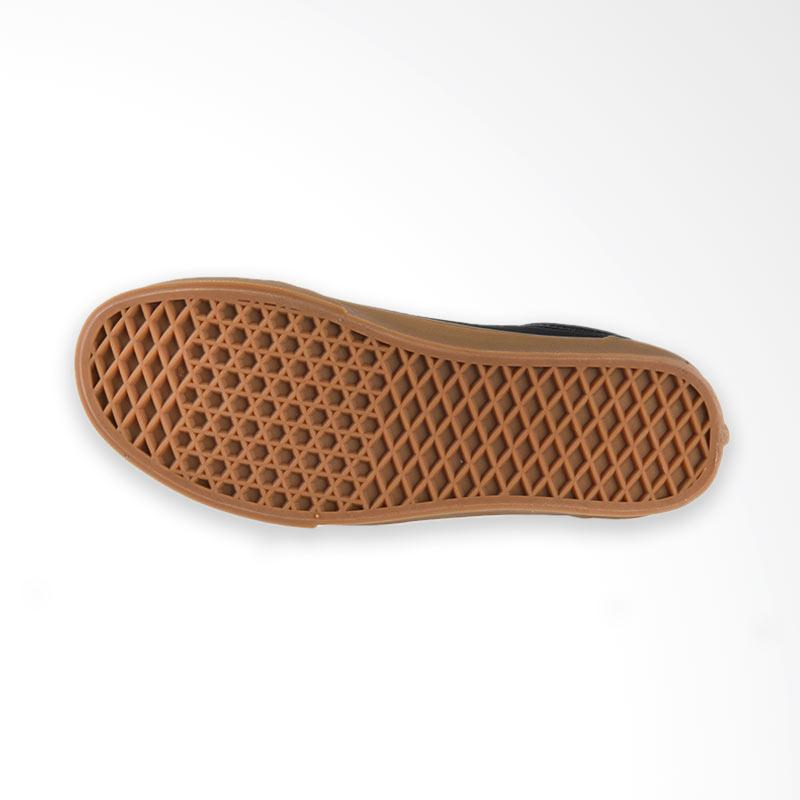 Jual Vans U Old Skool Canvas Gum Sneaker Shoes Pria - Black Light Gum Online - Harga & Kualitas Terjamin   Blibli.com