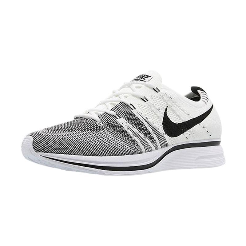... get nike men flyknit trainer 2017 sepatu olahraga white black ah8396  100 e81fb af42a shopping nike flyknit trainer original ... 558dbb5154