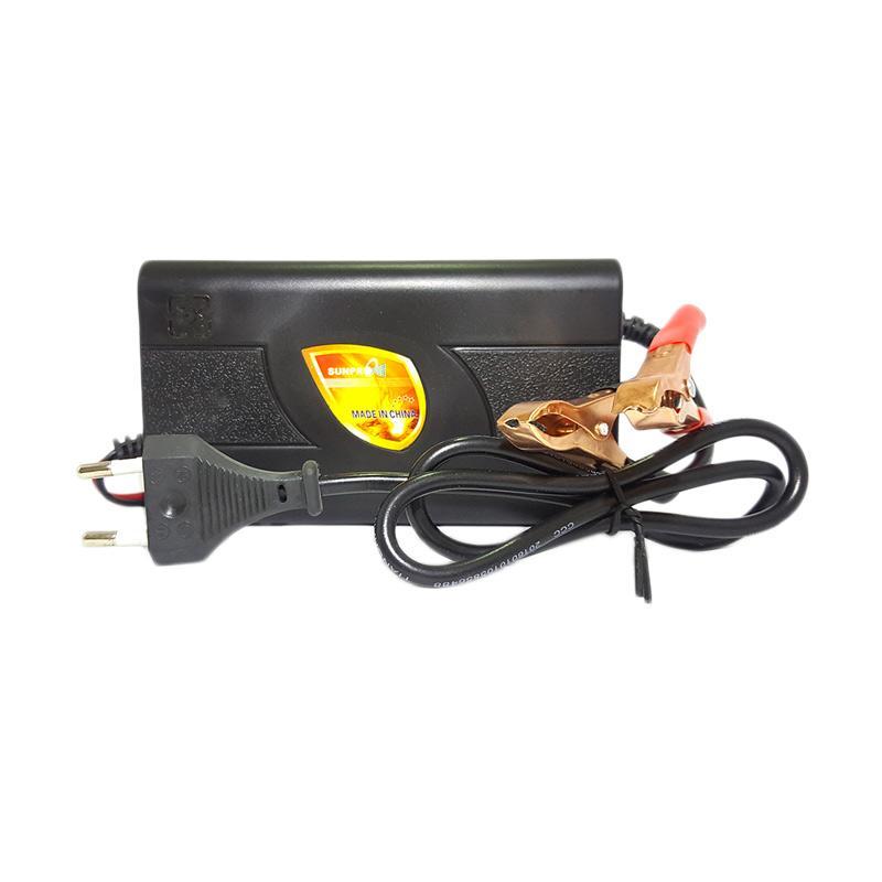Sunpro Charger Aki Portable untuk Mobil dan Motor [4A/ 12 V]