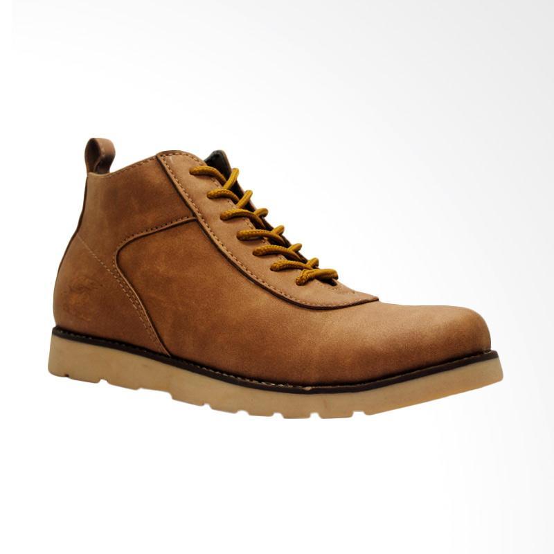 D-Island Shoes Venture Boots Comfort Leather Sepatu Pria - Soft Brown