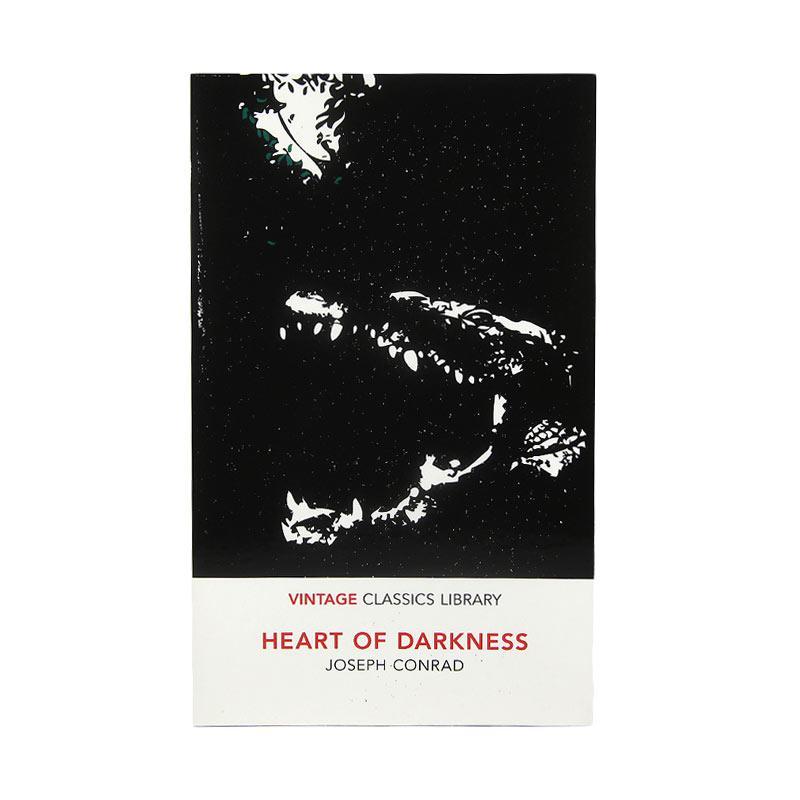 Vintage Classics Heart of Darkness by Joseph Conrad Buku Fiksi
