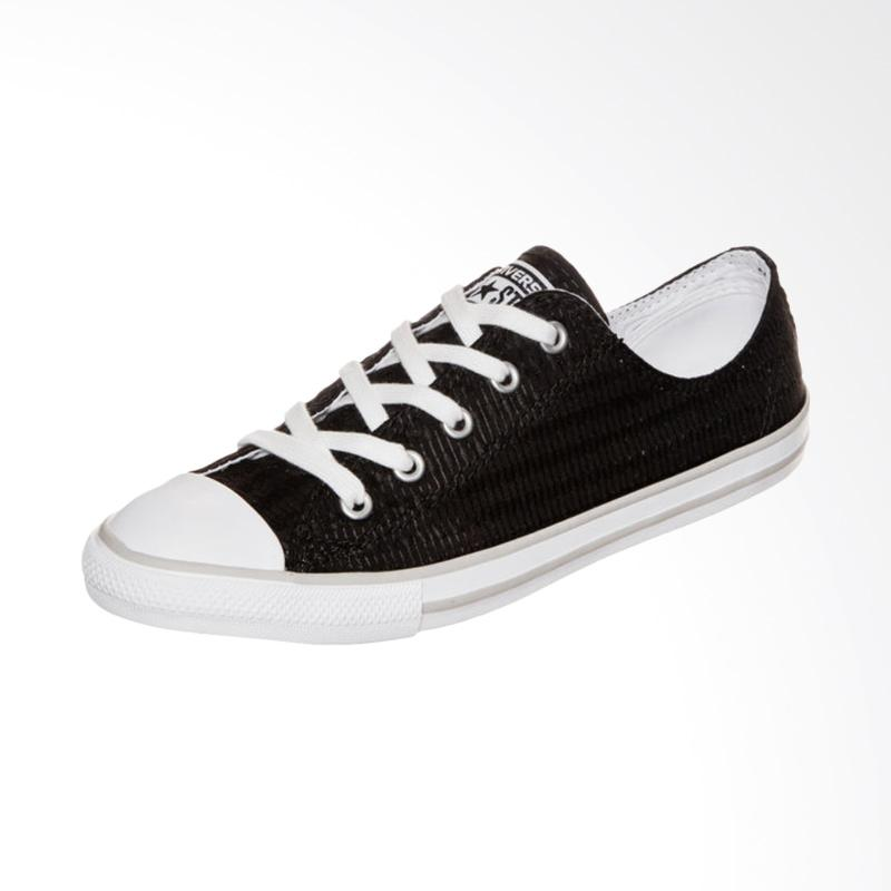 Jual Sepatu Converse Original - Terbaru Maret 2019  9dec65fe81