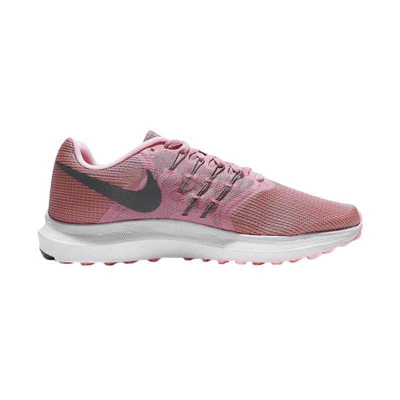 harga NIKE Swift Sepatu Lari Wanita - Pink Blibli.com