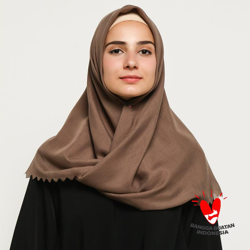 Jual Majesty Hijab Jilbab Voal Nazma Segiempat Laser Cut Online November 2020 Blibli
