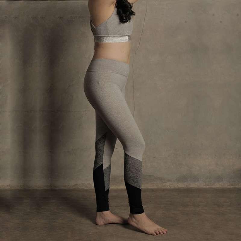 Jual Forever 21 Active Ribbed Trim Legging 09fl21020 Celana Olahraga Wanita Online Oktober 2020 Blibli Com