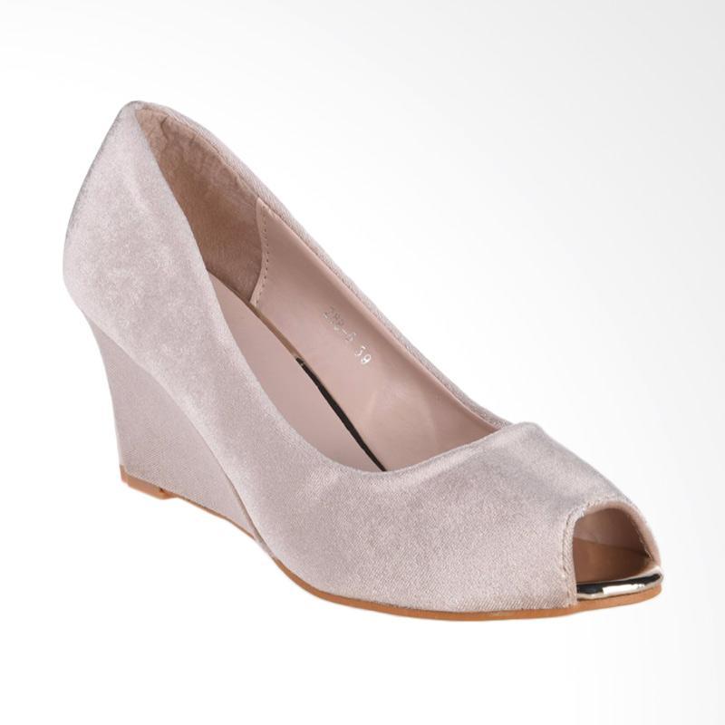 harga Papercut Shoes GZ 02 Xianggelula 288-5-146 Velvet Sepatu Wedges Wanita - Beige Blibli.com