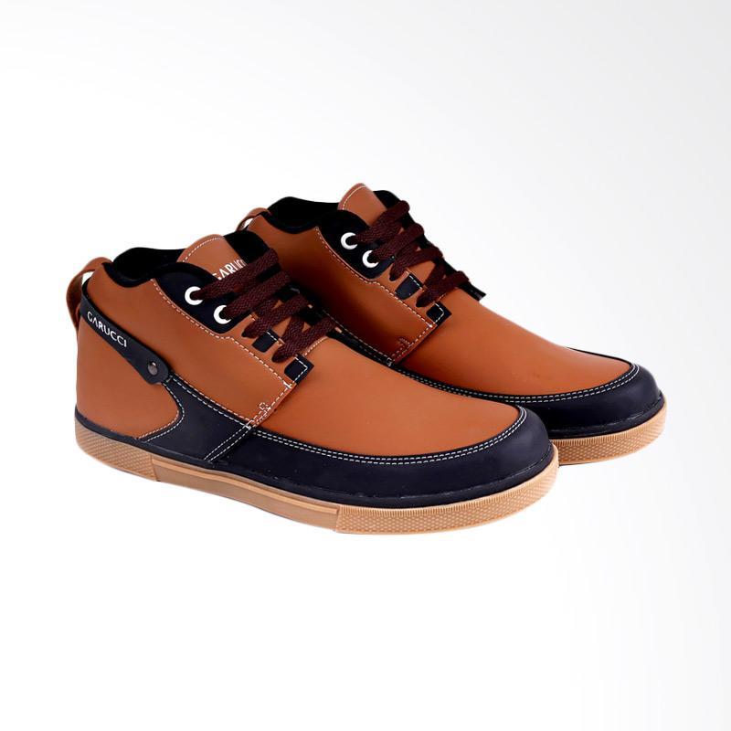 Garucci Sneakers Shoes Pria - Brown GDA 1176