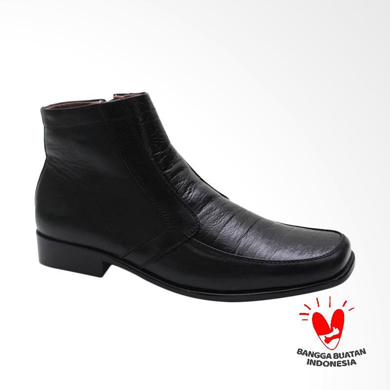 Grutty Sepatu Boots Pria GR 81055