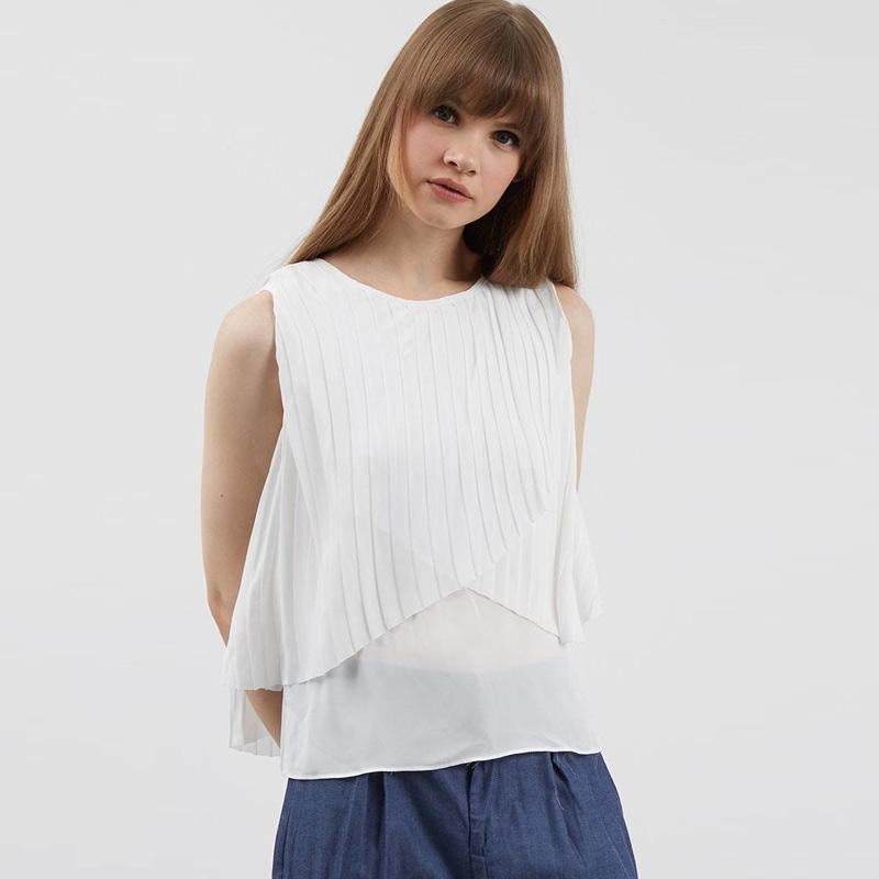 Berrybenka Borita Pleat Top Blouse Wanita - White