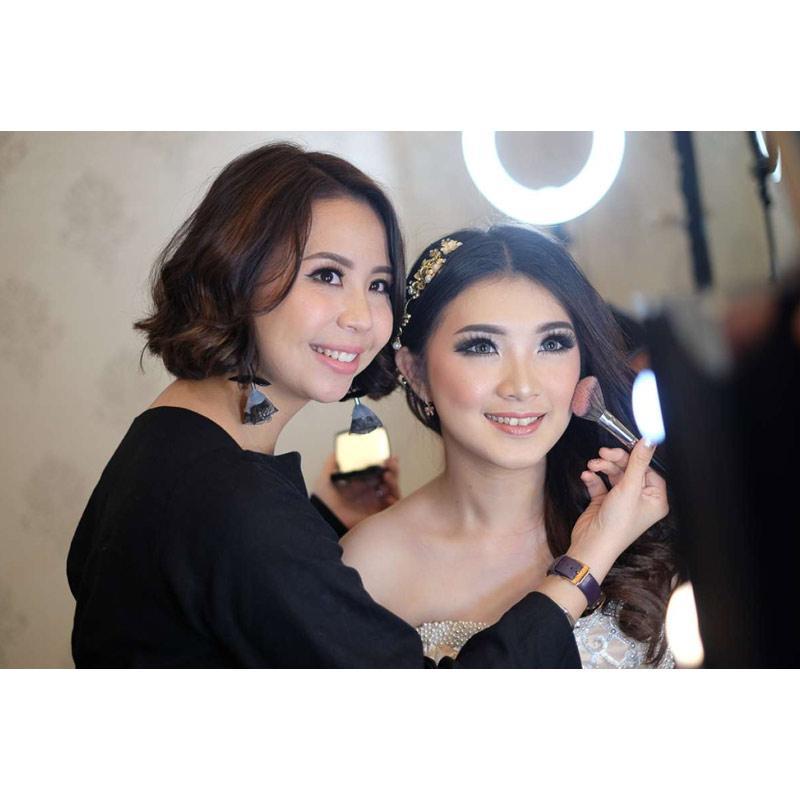 Jual Dandan Id Flawless Wedding Makeup Rias Makeup Pengantin Dandan Pernikahan Online Mei 2021 Blibli