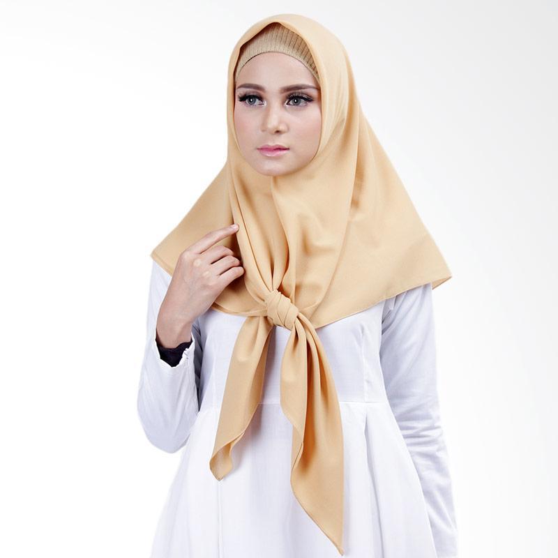 Cantik Kerudung Lizzie Plain Square Shawl Jilbab Segiempat - Mustard