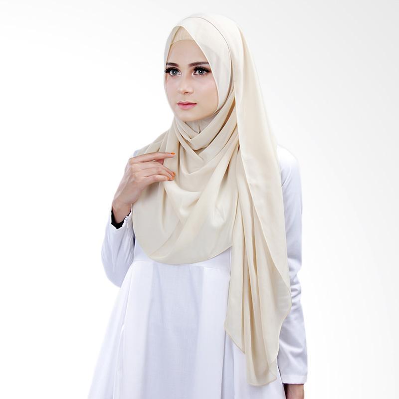 Cantik kerudung Bella Instant Shawl Hijab ��� Creamish No.13