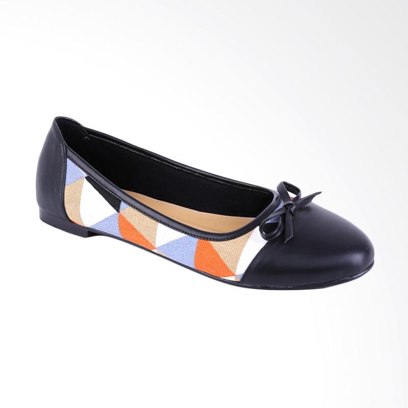 harga Garucci GDC 6170 Flats Shoes - Black Blibli.com