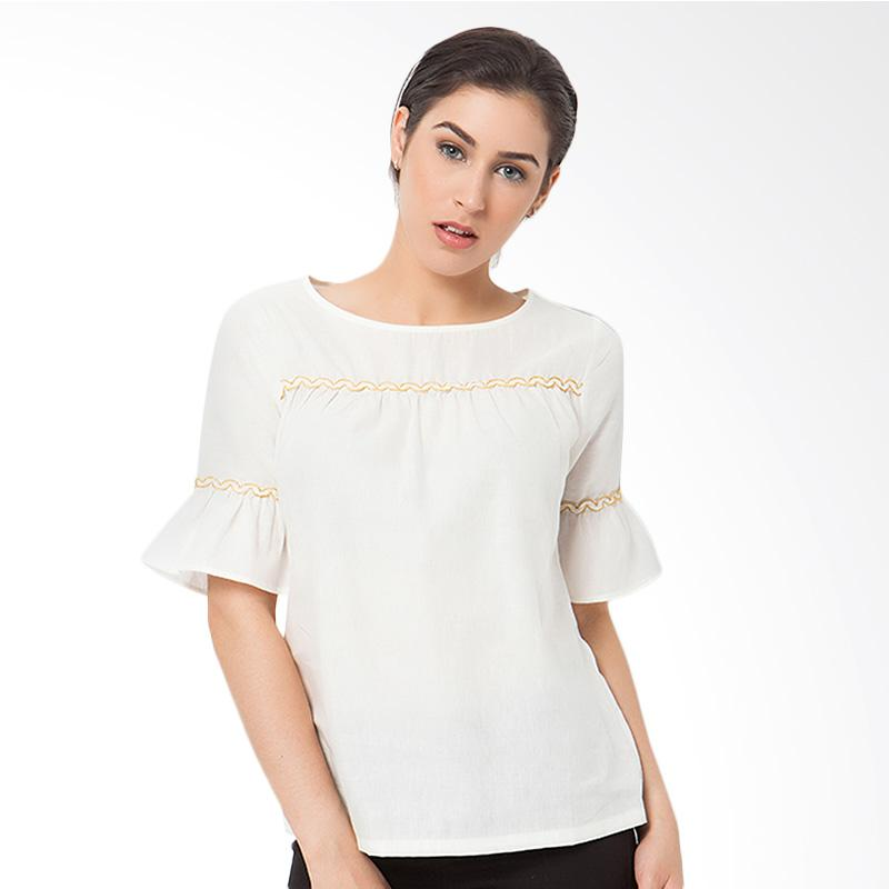 A&D MS 673 Blouse - Off White