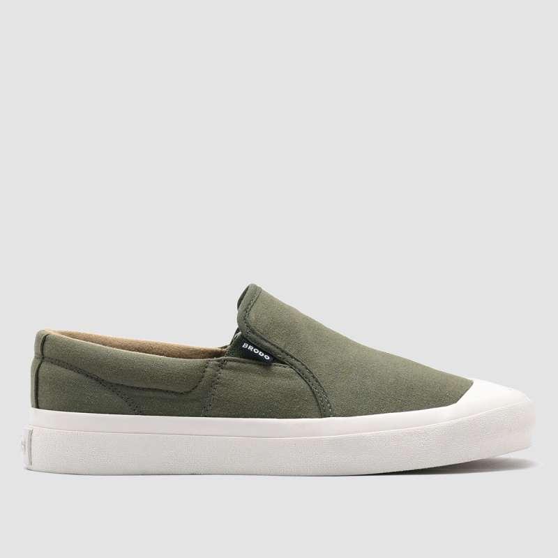 https://www.static-src.com/wcsstore/Indraprastha/images/catalog/full//95/MTA-15464470/brodo_brodo_-_sneakers_vantage_v-2_slip_on_olive_ws_full01_tllm69zh.jpg
