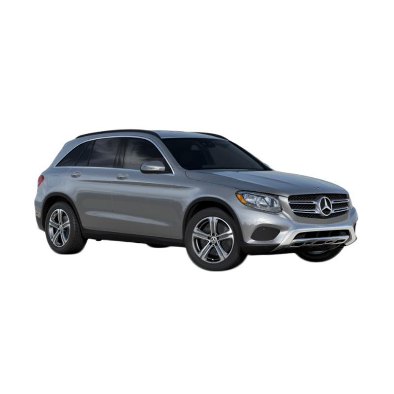 Mercedes-Benz GLC 250 2.0 Mobil Bekas - Iridium Silver [Booking Fee]