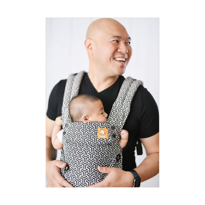 Baby Tula Explore Baby and Toddler Carrier Forever Gendongan Bayi - Black  White