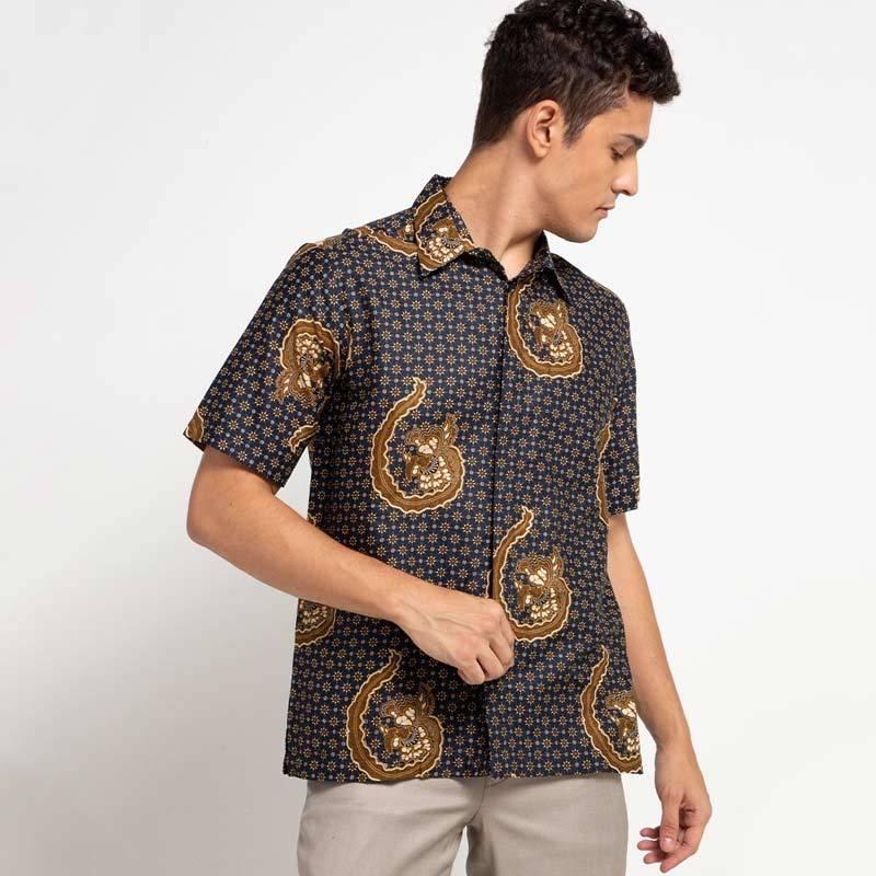 Batik ArjunaWeda Latar Truntum Hem Kemeja Batik Pria Biru Tua 54193010