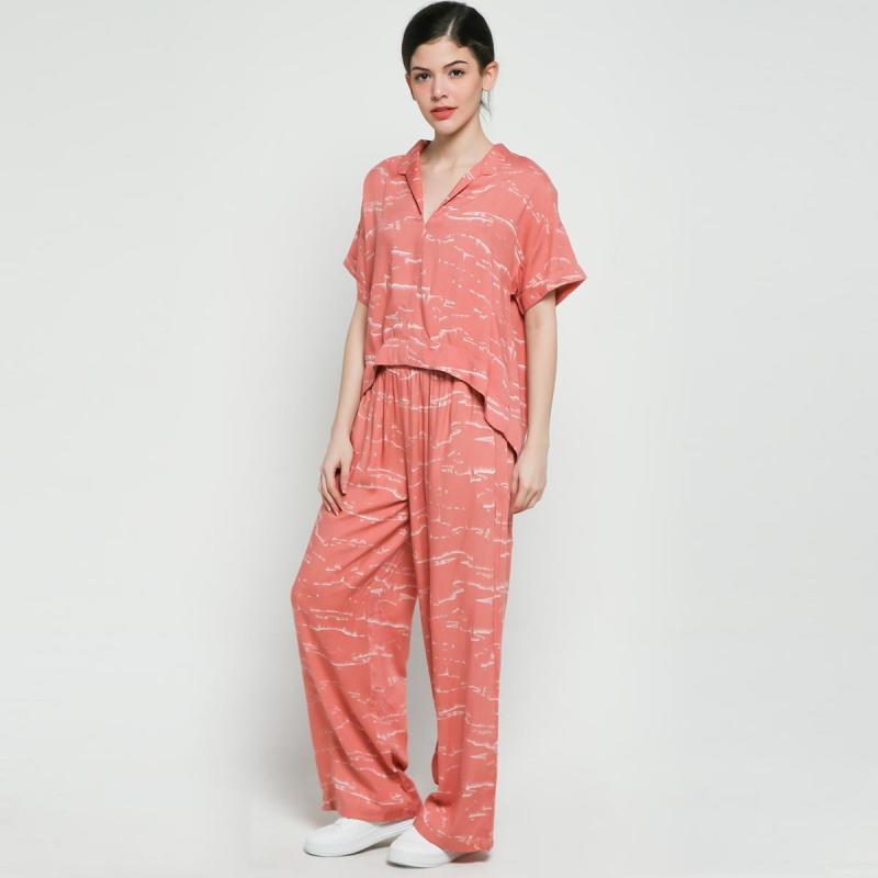 3Mongkis Lakisha Chillwear Set Pakaian Wanita Peach