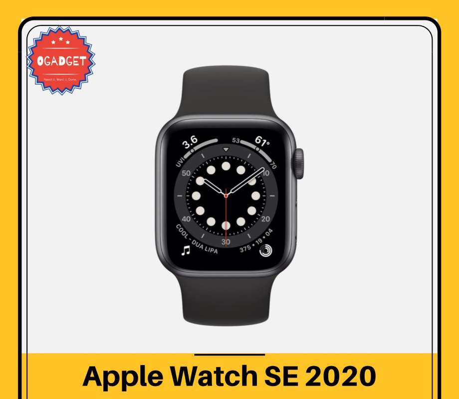 Apple Watch SE Space Gray Aluminum Case 40mm with Black Sport Band GPS