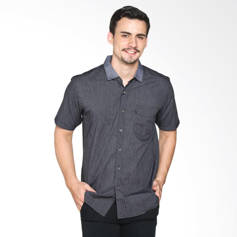 Red Cliff ZB1885JF Smart Casual Shirt - Black Extra diskon 7% setiap hari Extra diskon 5% setiap hari Citibank – lebih hemat 10%