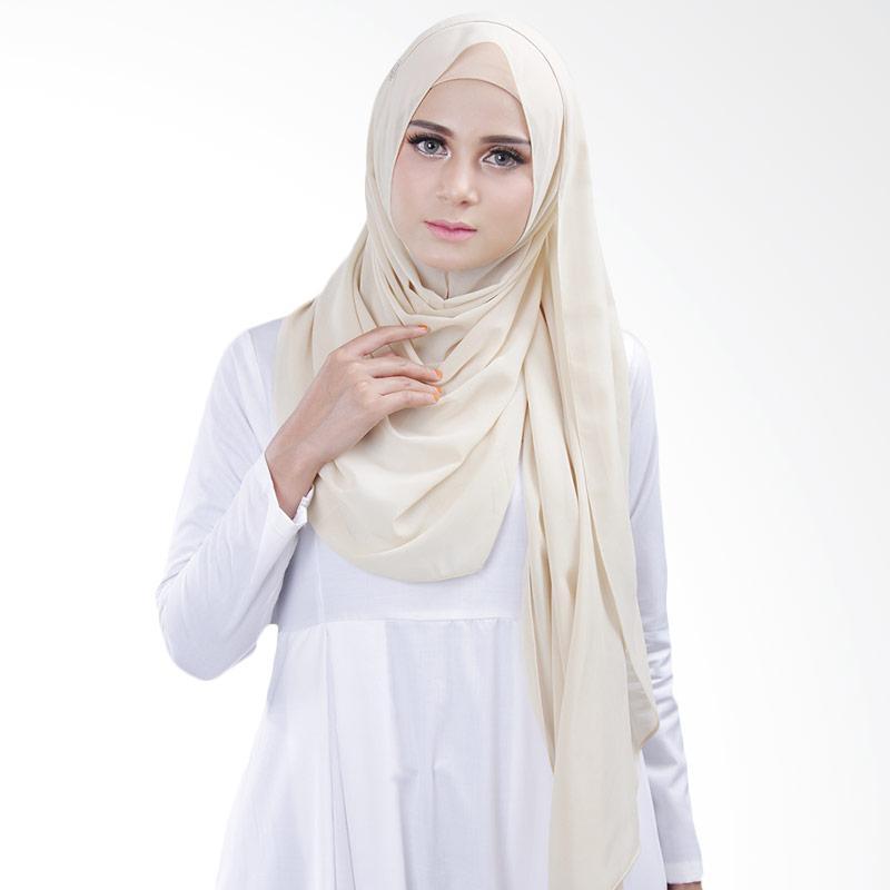Cantik Kerudung Bella Queen Hijab Instant - Creamish No.13