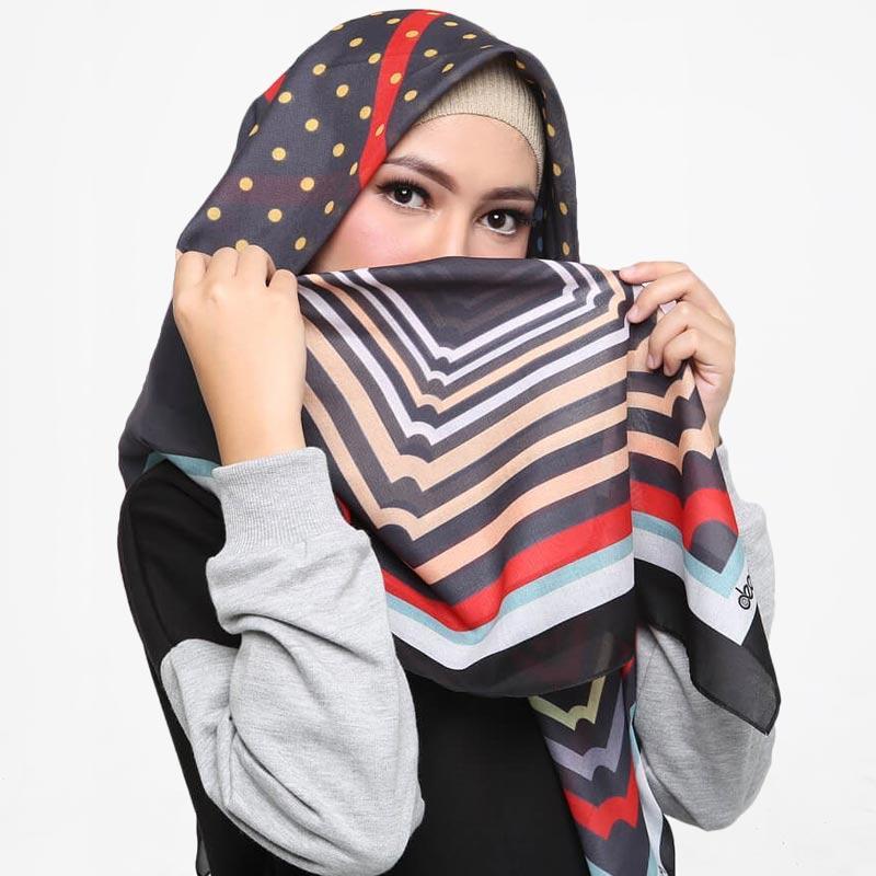 Jual Hijab Deenay Printing Franca Hijab Segi Empat Online November 2020 Blibli