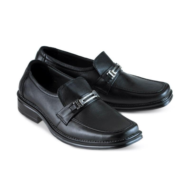 Zada Sneakers Leather Sintetis Kulit Sintetis Black - Daftar Harga ... e43ddd784d