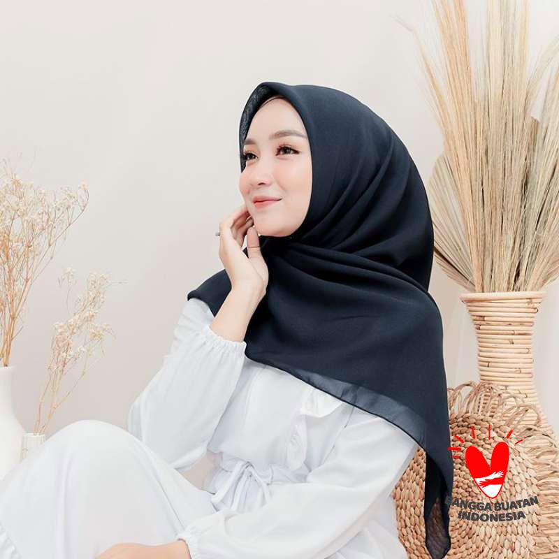 Jual Marlin Outlet Bella Square New Warna Part 1 Hijab Segiempat Wanita Online November 2020 Blibli Com