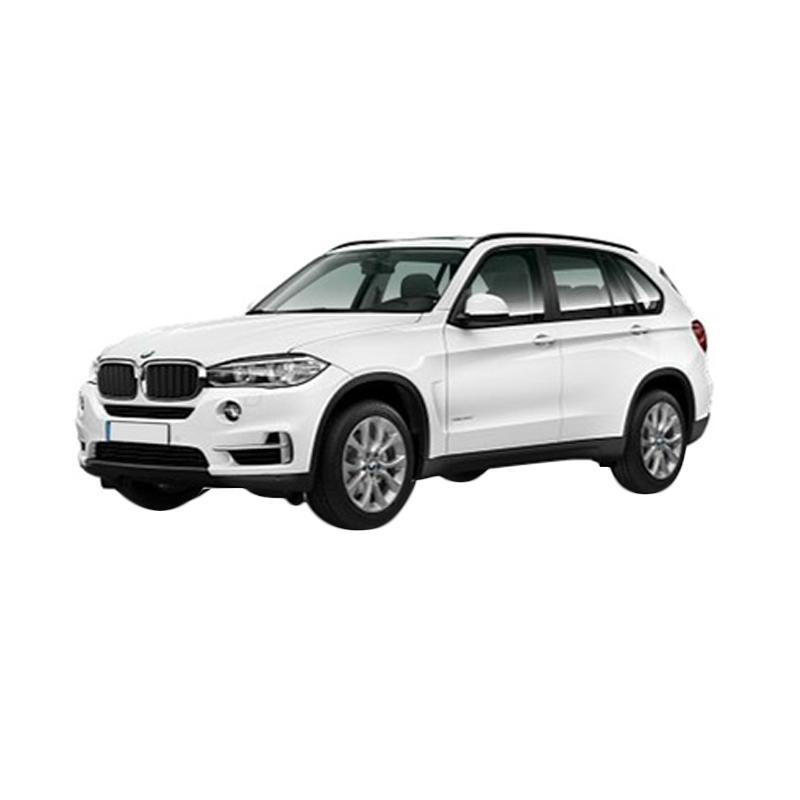 https://www.static-src.com/wcsstore/Indraprastha/images/catalog/full//960/bmw_bmw-x5-xdrive-35i-xline-a-t-mobil---alpine-white_full02.jpg