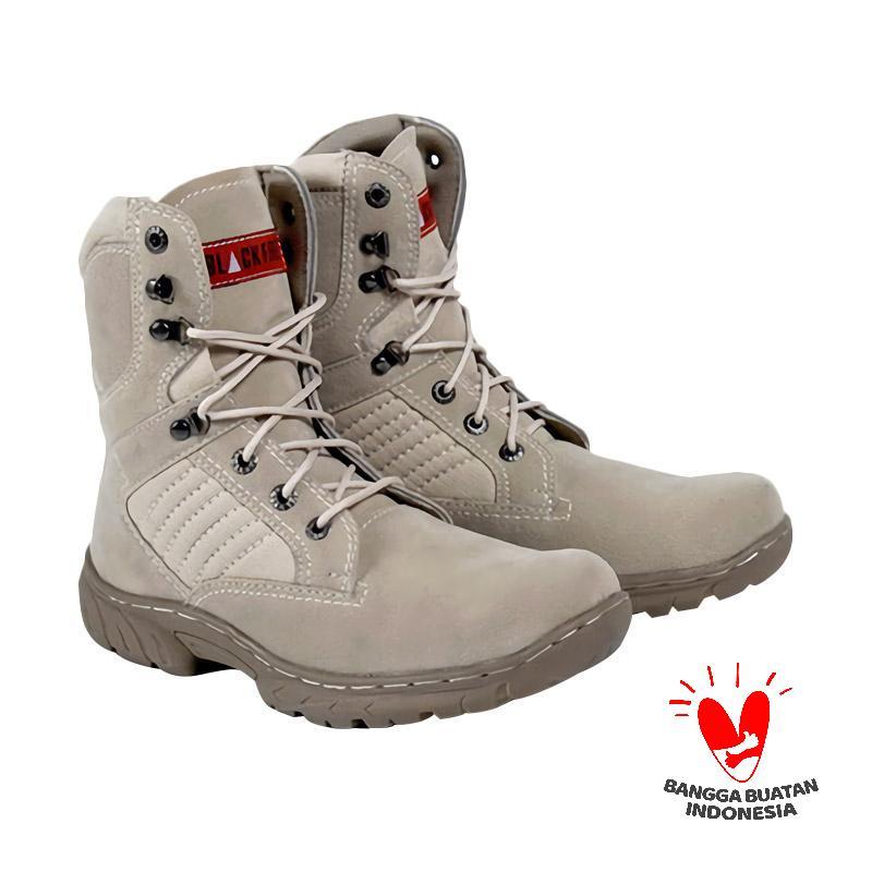 Spiccato SP 500.07 Boots Sepatu Pria - Cream