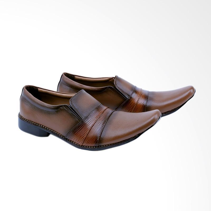 Garsel Sepatu Formal Pria - Coklat GDW 0004