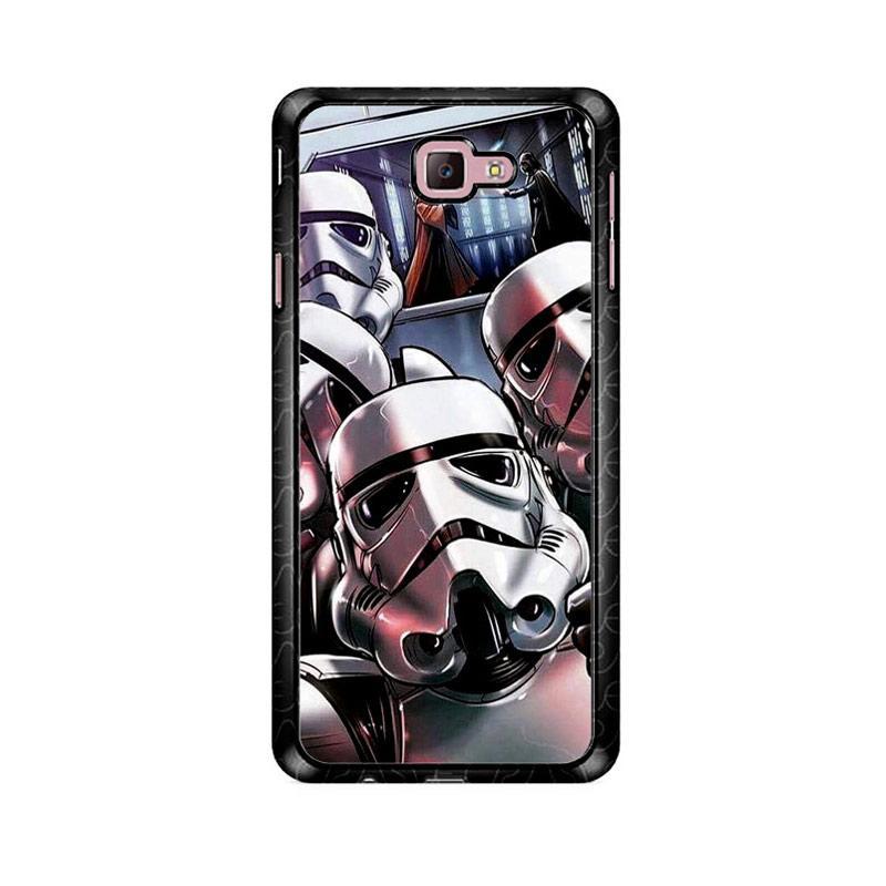Flazzstore Star Wars Stormtrooper Selfie Z4205 Custom Casing for Samsung Galaxy J7 Prime