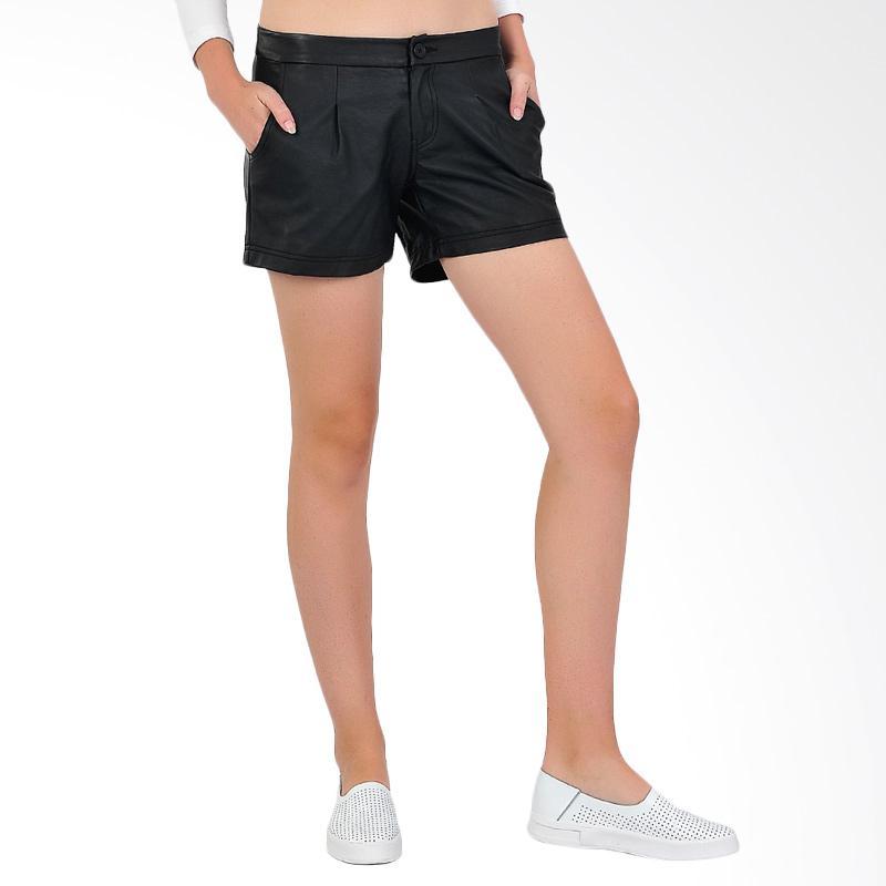 SJO & SIMPAPLY Pleat Skin Women's Shorts - Black