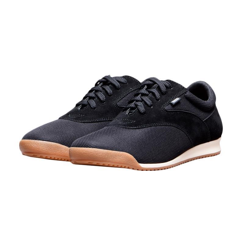 harga Brodo Kaze Casual Sneaker Sepatu Pria - Black Blibli.com
