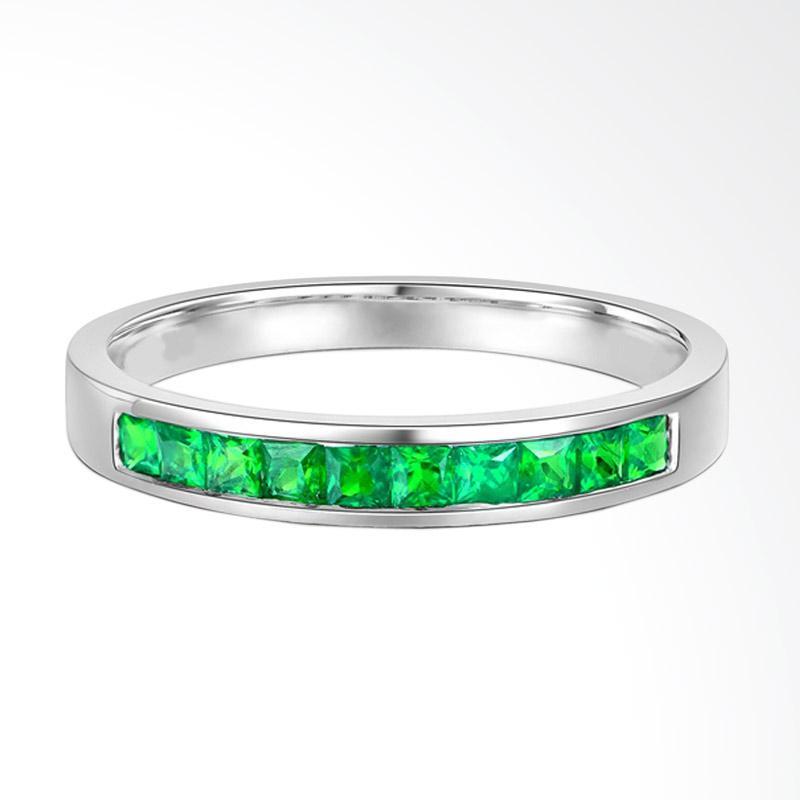 Tiaria 18K Green Tsavorite Perhiasan Emas Cincin Wanita - White Gold