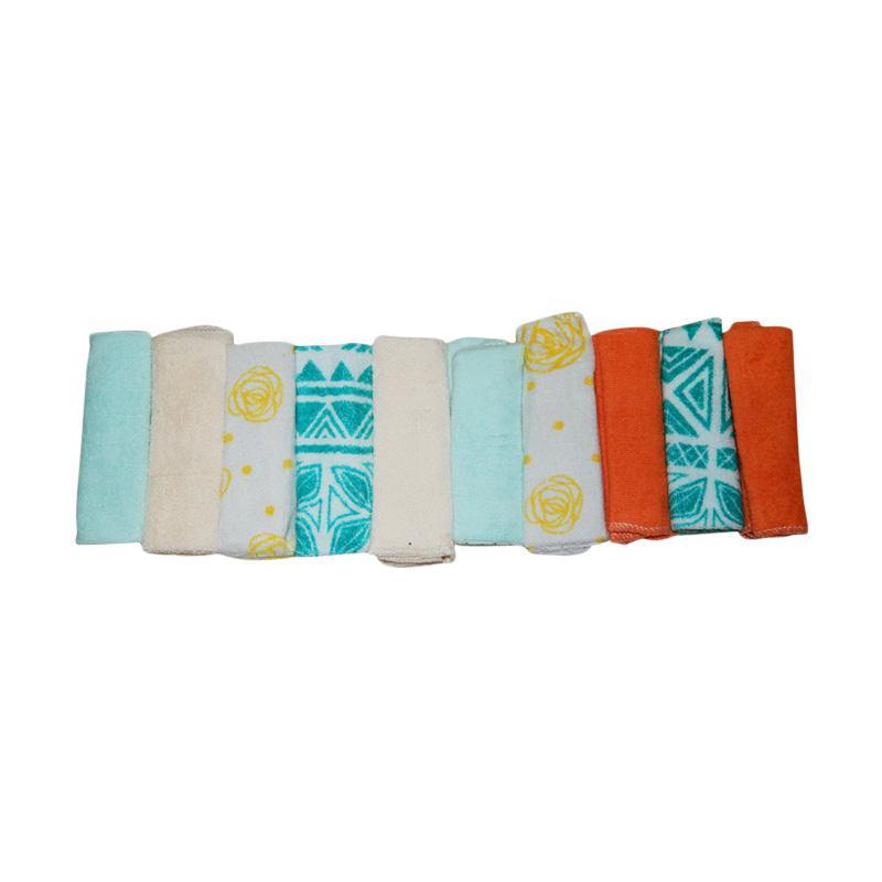 Wonderland Motif A2 Baby Washcloth