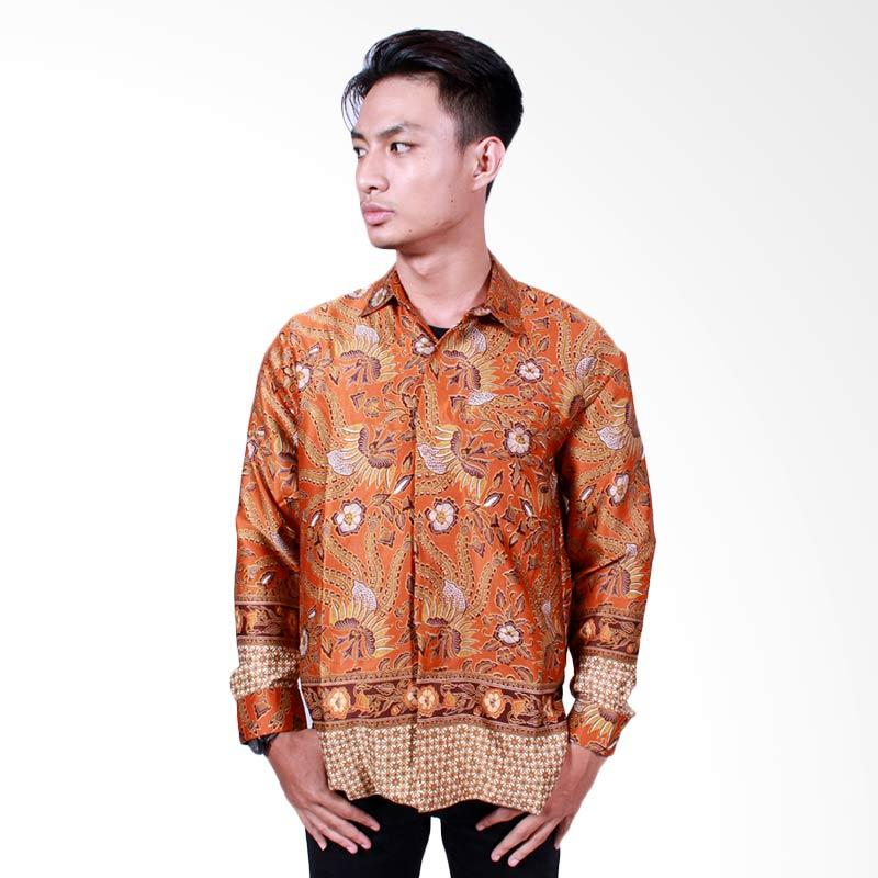 Batik Putri Ayu Solo Kemeja Batik Pria Lengan Panjang - Orange [KPJ501]