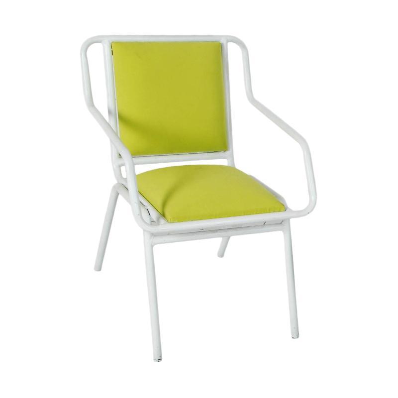 Pine Rotan Fernandes Chair