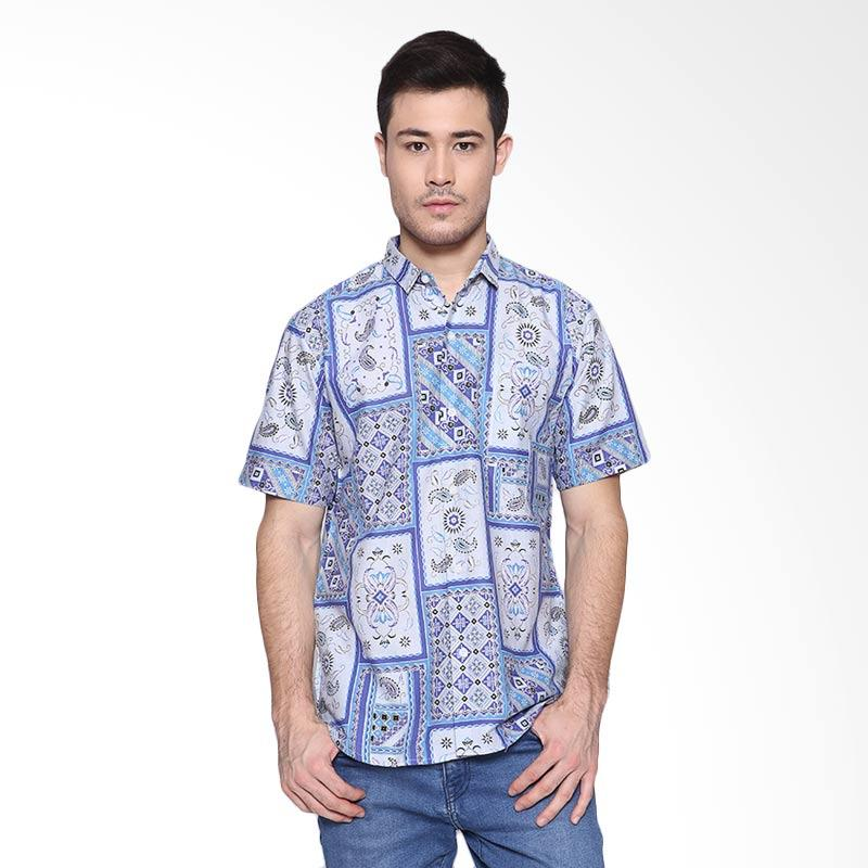 Days by Danarhadi Men Kotak Asimetris Menshirt Batik Pria - Light Blue