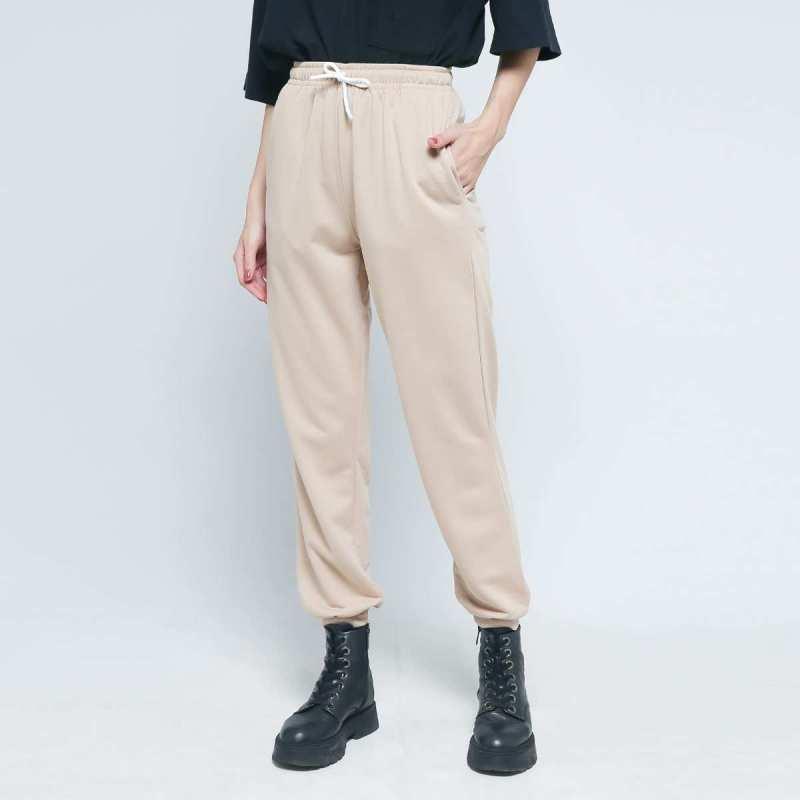 BLYTHE Basic Jogger Pants Wanita - Latte