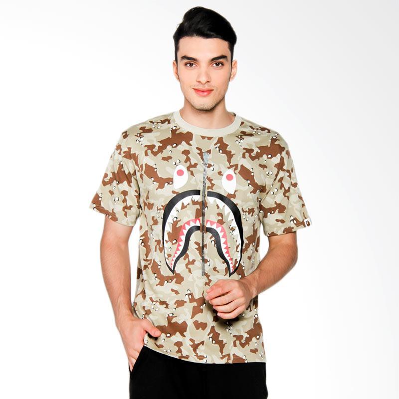A Bathing Ape Bape Desert Camo Shark Tee T-shirt Pria - Beige