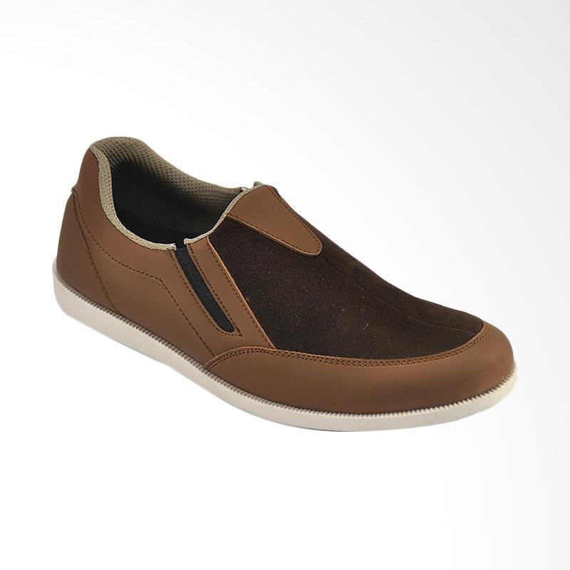 CBR Six Sepatu Kasual Pria - Coklat [GIC 731]