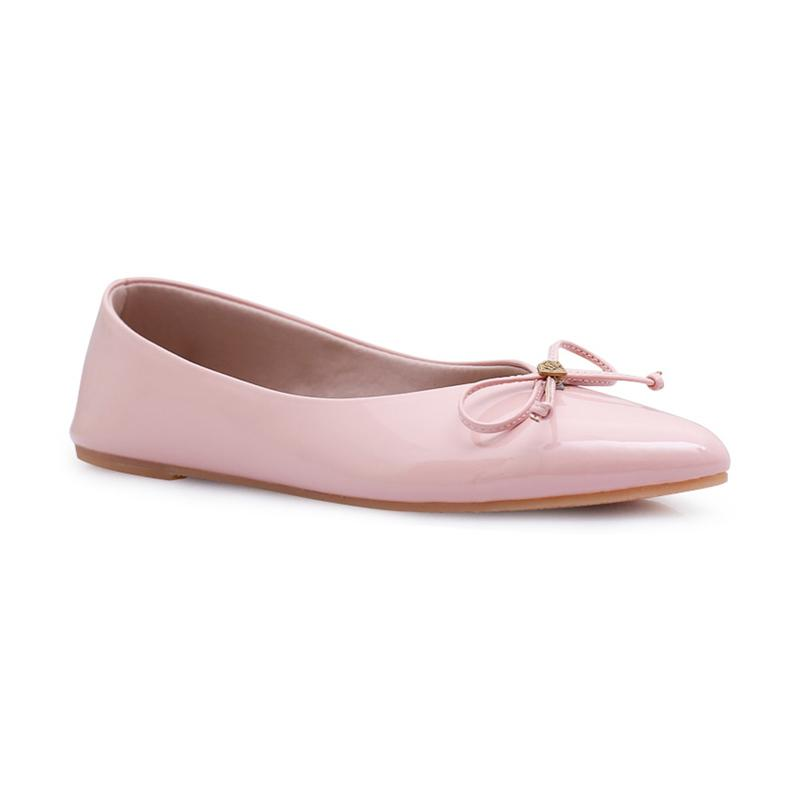 Khakikakiku Leslie Flat Shoes