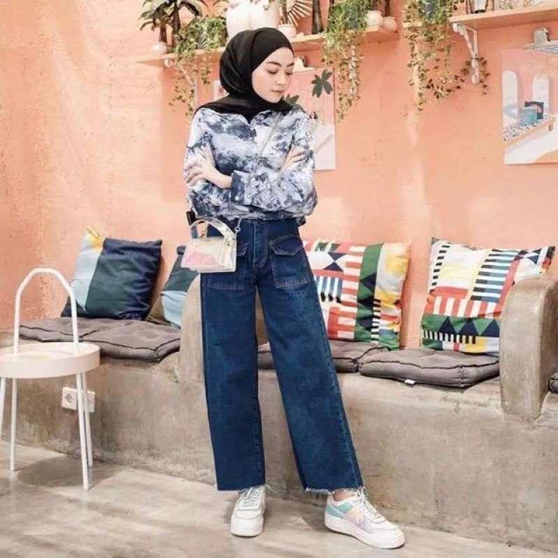 Hasil gambar untuk CPocket Kulot Jeans