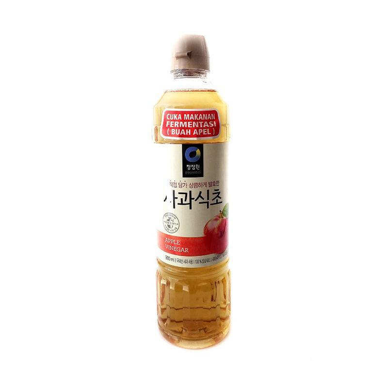 Mencoba Cuka Apel untuk Rambut Halus dan Berkilau