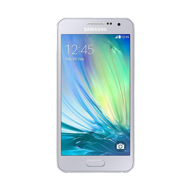 Samsung Galaxy A3 Silver Smartphone [16 GB]