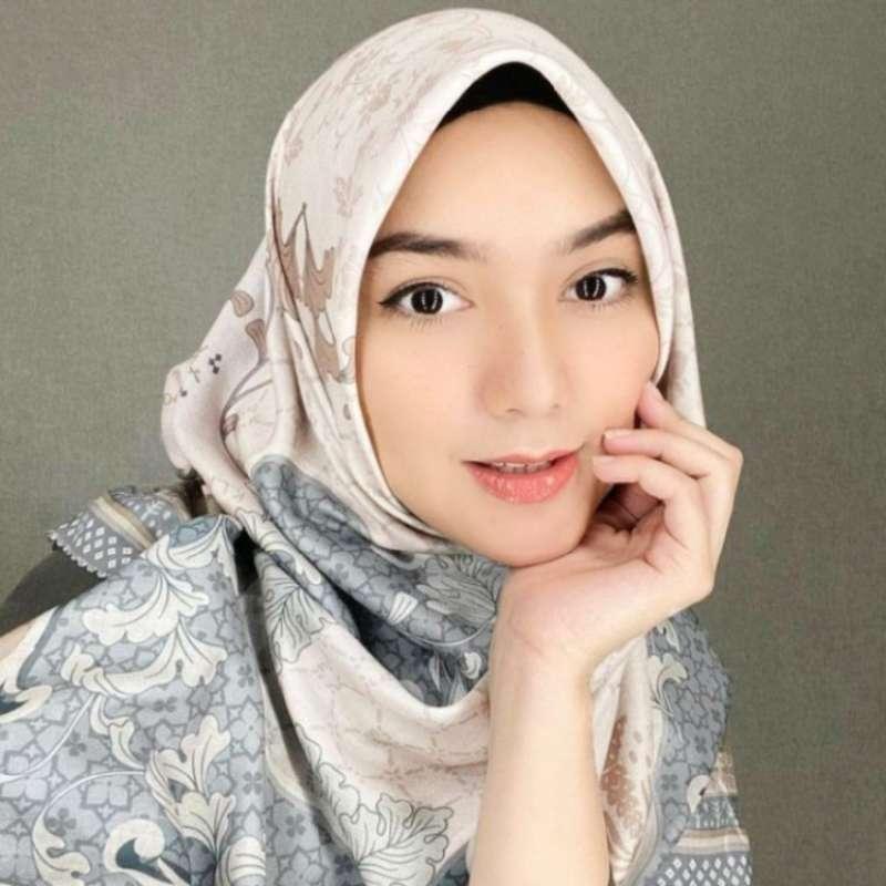 Adu 8 Style Hijab Citra Kirana Vs Natasha Rizki, Sahabatan